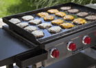 Blackstone vs Camp Chef Flat Top Grills – Which One Should You Go With?