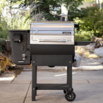 Camp Chef Woodwind WiFi vs SmokePro Pellet Grills - What's the Difference?