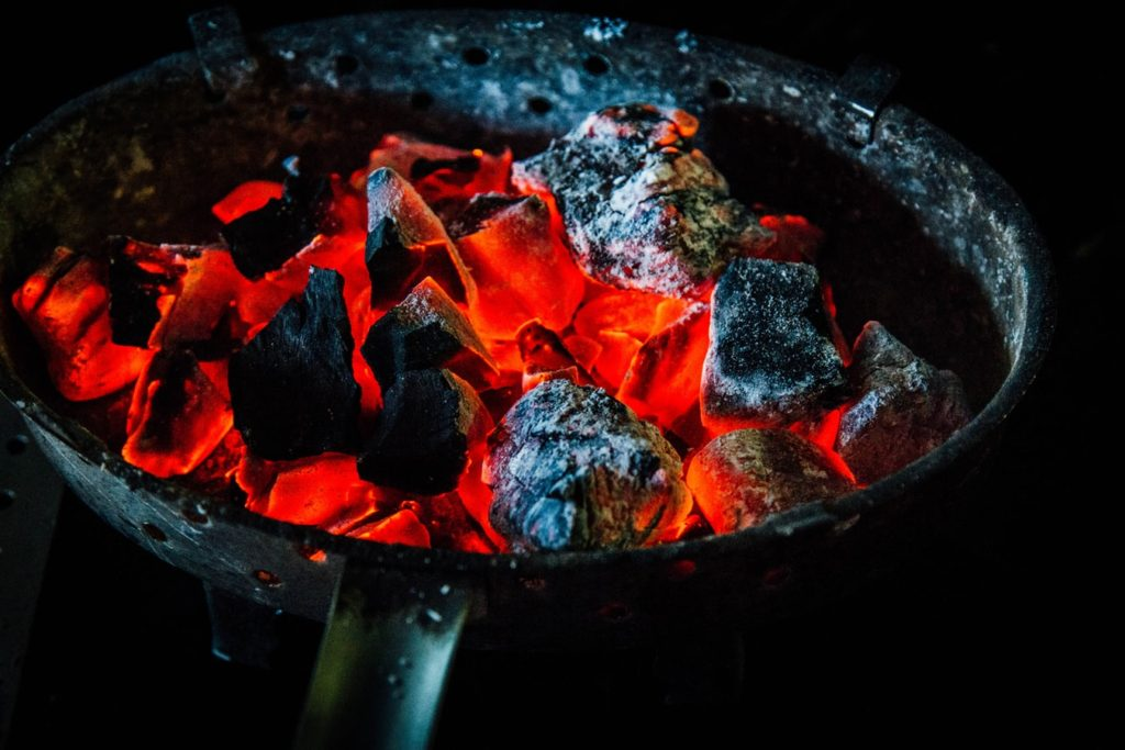 How-To-Start-A-Charcoal-Grill-Without-Lighter-Fluid
